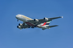 emirates desending on the glide slope at sfo (pbo31) Tags: california blue winter color northerncalifornia plane march fly nikon sfo aviation flight jet landing emirates final airline airbus a380 bayarea coyotepoint sanmateo arriving sanmateocounty 2016 sanfranciscointernational boury pbo31 d810