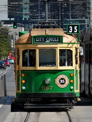 "Melbourne City Circle tram • <a style=""font-size:0.8em;"" href=""http://www.flickr.com/photos/140467180@N02/25438383716/"" target=""_blank"">View on Flickr</a>"