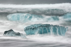 Icebergs in the Surf (Sophie Carr Photography) Tags: longexposure ice iceland surf icebergs jokulsarlon ndfilter