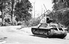 Wrecked French tank FCM 36 of 2nd company of 7th BCC, name Le Luma. On the back very carefully lined them visible light tank Pz.Kpfw.I from German of the 10th SC and destroyed their own aircraft tank destroyer 8.8 cm Flak 18 (Sfl.) auf Zugkraftwagen 12t <br />