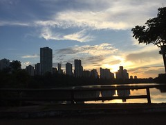 Igap Londrina (Malevz_2) Tags: brasil evening parana anoitecer londrina lagoigap