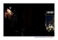 En la oscuridad del templo (Chema Concellon) Tags: espaa night easter noche mujer spain puerta europa europe arte iglesia valladolid escultura paso nocturna cristo veracruz turismo imgenes virgen mara cultura templo fotgrafo madre jess semanasanta 2012 claroscuro tradicin castilla fotografa dolorosa seora escultor umbral jesucristo procesin hollyweek castillaylen religin eccehomo virgenmara tallas devocin cofrada imaginera mircolessanto vacrucisprocesional gregoriofernndez chemaconcelln maderapolicromada imaginero penitencial pasoprocesional cristodelosartilleros valladolidcofrade cristodelacaa recintoreligioso