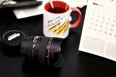 1H9A5931 (jordiZamora) Tags: canon calendar tea abril april catalunya calendari calendario senyera objective 14mm objectiu bondia