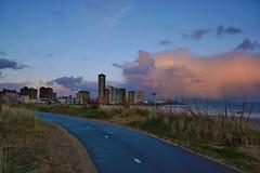 Boulevard Vlissingen (Omroep Zeeland) Tags: holland boot boulevard natuur zeeland zee zon vlissingen huizen walcheren ondergaande