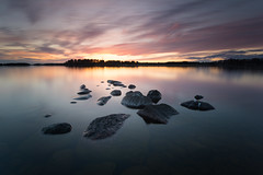 Gathering of rocks (- David Olsson -) Tags: sunset lake seascape nature water landscape evening nikon rocks sundown sweden outdoor stones gathering april late fx grad vatten vnern scattered d800 hammar vrmland 1635 2016 stenar ndfilter blackglass 1635mm lakescape gnd skoghall leefilters lenr bigstopper mrudden davidolsson 06hard 1635vr