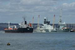 Hnlms Vlaardingen (smashedupbri) Tags: ship harbour cranes portsmouth tanker warship minesweeper mcmv