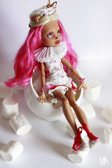 Pink Candy Howleen OOAK Monster High (smileidiote1) Tags: pink monster high doll candy ooak mattel repaint ooakdoll dollsale howleen repaintdoll dollooak monsterhigh monsterhighrepaint monsterhighooak ooakmonsterhigh mattelrepaint monsterhighsale