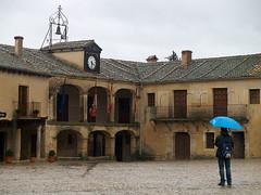 Pedraza, Segovia. (claramunt.merche) Tags: plaza pueblo segovia pedraza