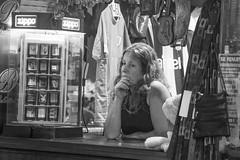 Mercado del Puerto IV (Ignacio Blanco) Tags: costa puerto uruguay coast market capital centro colonial streetphotography bbq meat atlantic parrilla montevideo asado oriental república departamento riverplate atlantico histórico riodelaplata ciudadvieja mercadodelpuerto canelones
