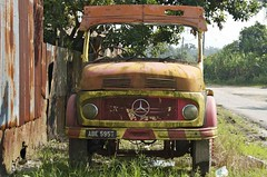 _DSC5951 (Claude  BARUTEL) Tags: old fruit truck mercedes junk southeastasia garage transport pollution malaysia oil tropical junkyard agriculture mechanic antic trucking spareparts deforestation perak palmoil palmfruit bidor