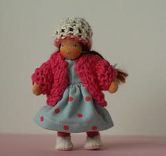 Julika (Farbenmaerchen) Tags: miniature doll waldorf mini dollhouse bendy bambola bendable muneca dukke waldorfdoll julika clothdoll docke waldorfpuppe dollhousedoll biegepuppe
