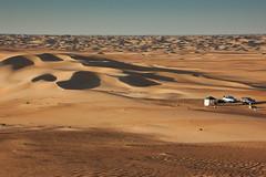 Tranquility (berik) Tags: camping gulf desert offroad uae abudhabi landrover discovery unitedarabemirates lr4