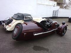 Morgan pair +4 of 2009 and SS of 1937 (LALIQUE MASCOTS) Tags: sports vintage three super wheeler trike morgan 1937 barrelback