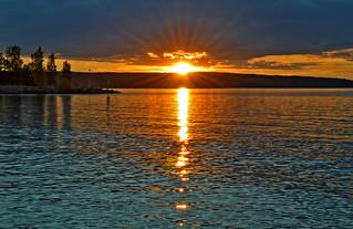 Flickering. Golden moment. #Sunset