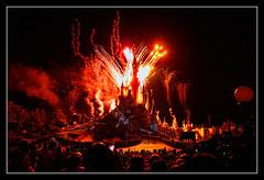 0809 fuegos artificiales disneyland paris (Pepe Gil Paradas.) Tags: paris disneyland francia fuegos artificiales
