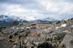 Harrison Stickle (l4ts) Tags: snow landscape nationalpark lakedistrict cumbria april 1986 filmscan slidescan kodakektachrome greatgable bowfell langdalepikes greatend greatlangdale harrisonstickle vuescan olympusom4 nikoncoolscaniv eskpike pikeostickle zuiko35mmf28