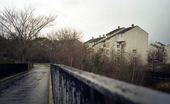 Murrayburn (Raymond Keith Photography) Tags: edinburgh kodak westerhailes nikonl35af2 colorplus200asa