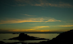 20150809-111_Sunset over the Bay + Castle (gary.hadden) Tags: sunset seascape landscape evening fort silhouettes saintmalo stmalo