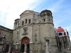 "Oaxaca: l'église La Compañía de Jesús <a style=""margin-left:10px; font-size:0.8em;"" href=""http://www.flickr.com/photos/127723101@N04/25011674794/"" target=""_blank"">@flickr</a>"