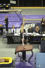 Emily Liddle vault (Susaluda) Tags: uw sports gold washington university purple huskies gymnastics dawgs