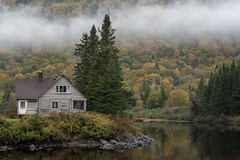 Canada Dreamin' (Aymeric Gouin) Tags: voyage park travel autumn mist canada reflection tree fall nature water clouds automne landscape cabin eau mood paisaje olympus hike foliage reflet logcabin qubec northamerica paysage landschaft arbre parc brume omd cabane em10 parcnationaldelajacquescartier aymgo aymericgouin