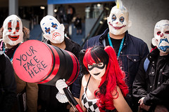 WonderCon 2016 103 (shotwhore photography) Tags: costume cosplay clowns 70200 lacc harleyquinn comicconvention comicbookconvention wondercon losangelesconventioncenter thedarknight canon6d isii cosplayconvention wondercon2016