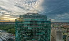 DB Postdamer Platz (bervaz) Tags: clouds arquitectura sony nubes potsdamerplatz sonycenter alemania deutschebank berln carlzeiss 1635mm carlzeisssonnart sal1635z sal1635za slta99v