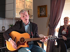Steintr Rasmussen (Jan Egil Kristiansen) Tags: concert singer faroeislands rollingpin heima nlsoy img2165 froyabjr yamahaguitar steintrrasmussen heimanlsoy2016 heimafestival evyanfinn