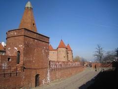 Barbican and defensive walls, Warsaw, Poland (Weihler) Tags: poland barbican warsaw walls defensive