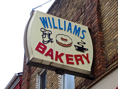 Williams Bakery, Zanesville, OH (Robby Virus) Tags: ohio coffee sign closed williams goods plastic business bakery donut signage zanesville baked vacuumformed