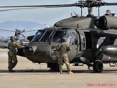 Trabajo en equipo (pabloi) Tags: black army us hawk air zaragoza base nato saragossa trident otan hh60 juncture