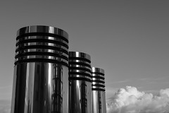 ocean liner (Blende1.8) Tags: sky architecture clouds canon cologne himmel wolken kln powershot chrome architektur sheen metall glance chrom luster glnzend glanz metallisch g7x kranhuser