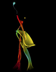 Space junky (butchinsky) Tags: munich mnchen bayern wasser s droplet helmut schmid highspeed wassertropfen slowmotion helli splitsecond dropart makroaufnahmen watersculptures schwarzerhintergrund helmutschmid waterdropart waterdropphotography dropingwater butchinsky helmutschmidwirtstr481539mnchen wassermitsahneundlebensmittelfarbe helli50 wwwschmidhelmutde