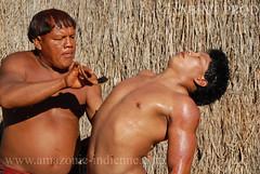 Yawalapiti (guiraud_serge) Tags: brasil amazon tribes xingu ritual indians indios rites brsil amazonia amazonie indiens ftes tribus scarifications yawalapiti javari amazonpeople crmonies parcduxingu sergeguiraud jabiruprod yaweri
