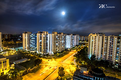Moon Light Diamond- Singapore (lovedove_ken) Tags: street houses light sky moon building home night clouds singapore long exposure flickr estrellas moonlight