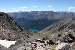 Blick zum Lago Vernagt (uwelino) Tags: ca italien blue italy alps lago see amazing europa europe sommer glacier adventure juli alpen wandern texel ausblick südtirol altoadige stausee schnalstal 2015 vinschgau trakking spectacularlandscape panoramablick ötzi vernagt schnals texelgruppe similaun