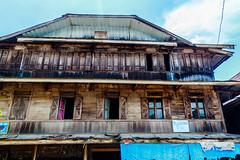 Toko Tua (Sandy Harun) Tags: architecture indonesia jambi penuh sunagi