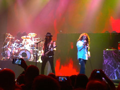 Whitenake iPhone-4 (DavidDMuir) Tags: concert glasgow hydro whitesnake 10dec2015