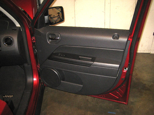 2007 2016 Jeep Patriot Suv Front Passenger Interior Door Panel