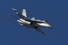 McDonnell Douglas FA-18C Hornet - 25 (NickJ 1972) Tags: aviation airshow hornet 007 fa18 mcdonnelldouglas 2015 airday rnas culdrose j5007