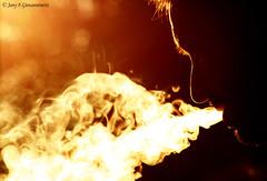 fumo luminoso (JANY FEDERICO GIOVANNINETTI) Tags: life people gente persone age reality easy giostra vita exist momenti espressioni facile sentimenti esistere realt et