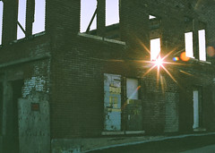 95690006 (Tanya Mattek, Norman OK (trenchphotos)) Tags: sunset urbandecay 55mm fujifilm urbanscenes sunflare filmphotography canonf1