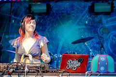 De La Haye @ Earth Freq 2016 (d3vic3s) Tags: cute girl mix dj drum bass stage performer