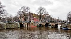 Amsterdam,   Brouwersgracht (Nik Morris (van Leiden)) Tags: holland netherlands amsterdam canal nederland jordaan brouwersgracht