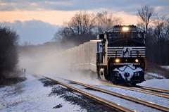 Last Minute Roadrailers (tylerpate75) Tags: railroad trains rails conrail nscorp michiganrailroads norfolksouthernrailroad michigantrains norfolksoutherncorp triplecrownroadrailers
