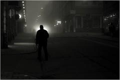 Headlights (Per sterlund) Tags: street city blackandwhite bw night blackwhite nightshot sweden stockholm sdermalm outdoor schweden foggy streetphotography streetphoto bnw suecia baw sude 2016 carheadlights gtgatsbacken photographiederue gatufoto fotografadecalle fotografiadistrada