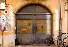 5 (atsjebosma) Tags: france march bikes ddd fietsen narbonne deur maart donderdag softtones 2016 atsjebosma coth5