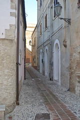 Ortona - vicoli del centro storico (boscam) Tags: italia abruzzo vicoli centrostorico ortona