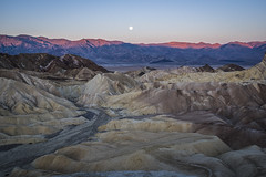 """The View"" at Zabriskie Pt (edwham) Tags: morning colors desert deathvalley zabriskie zabriskiepoint viewpoint nocturne moonset furnacecreek"