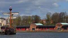 Lisa (nirak68) Tags: river deutschland lisa lbeck trave hansekogge flus untertrave 108366 schleswigholsteinkreisfreiehansestadtlbeck c2016karinslinsede